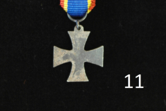 11-Jatkosota-lapinristi-mini-taka.JPG