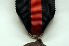 5.-Aunuksen-muistomitali-etu