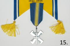 15-15.div-ja-standaari.JPG