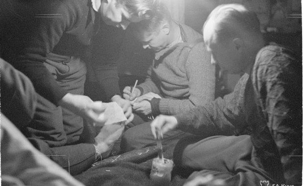 Paleltunutta jalkaa hoidetaan Kuhmossa jsp:ssä 1940